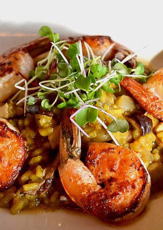 shrimp-and-mushroom-paella_13233810715_o