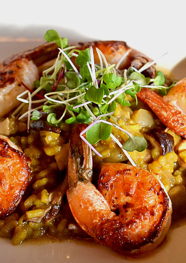 shrimp-and-mushroom-paella_13233810715_o