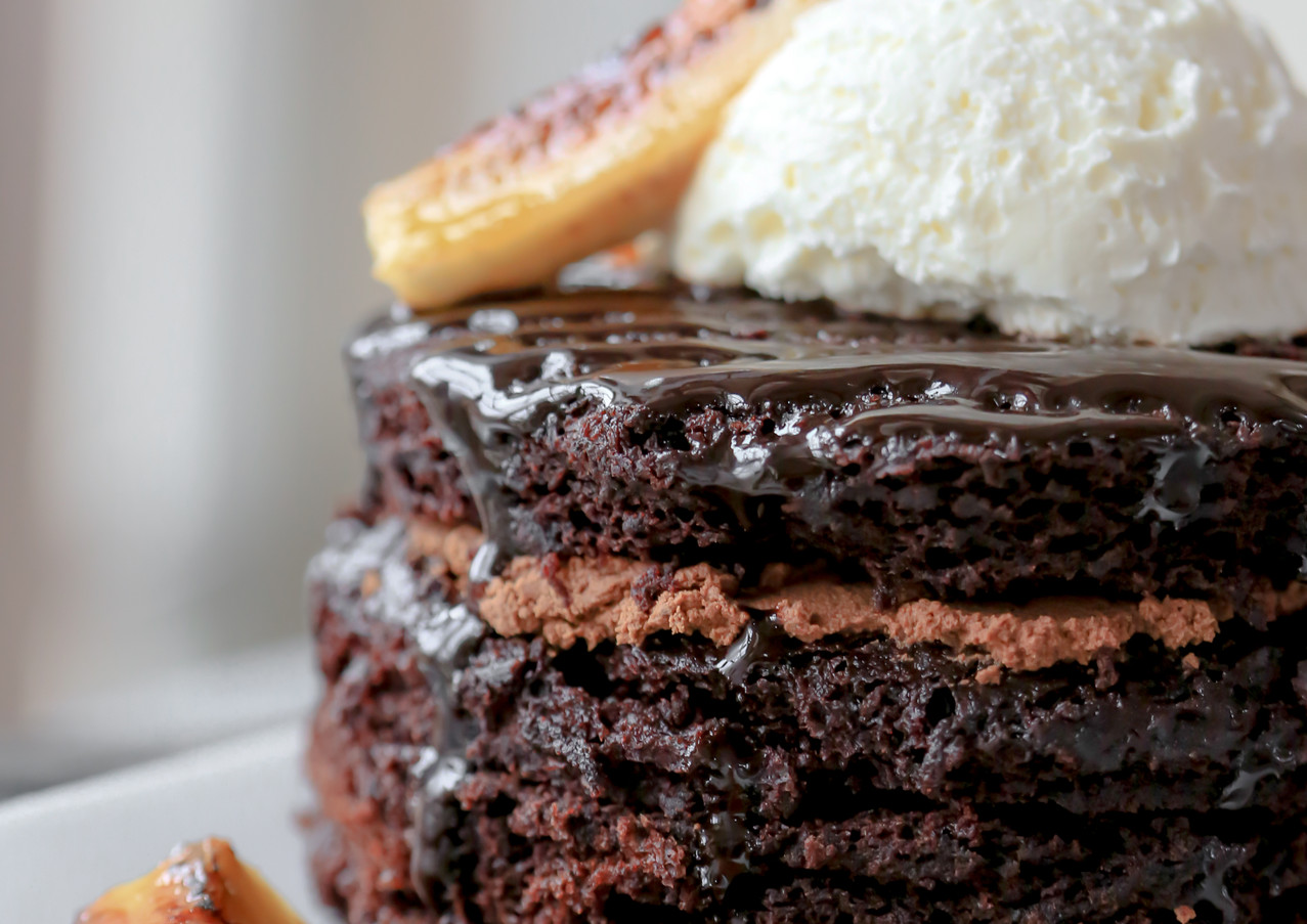chocolate-banana-cake_13073724204_o.jpg