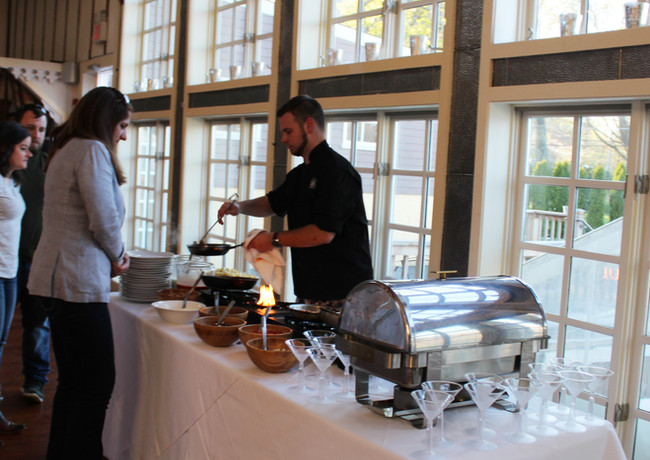 chef-dave-demonstrating-a-station-during