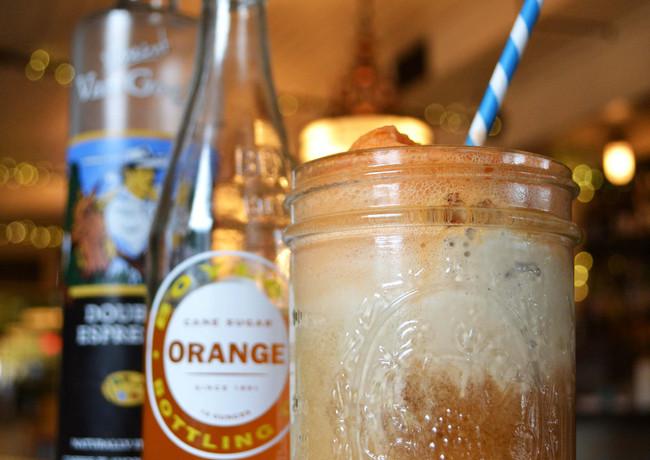 orange-cappuccino-chip-ice-cream-float-w
