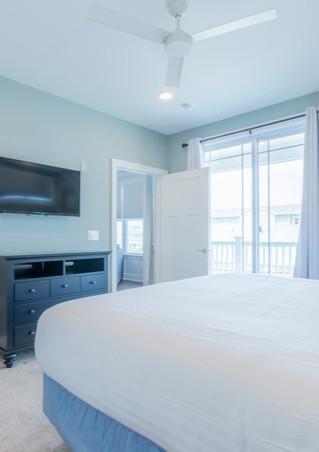 Cape-Bedroom-9-1024x683_edited.jpg