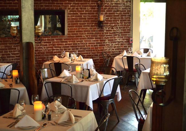 dining-room_13318959413_o.jpg