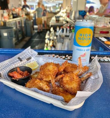 Beach Bar Ludlam food and drink