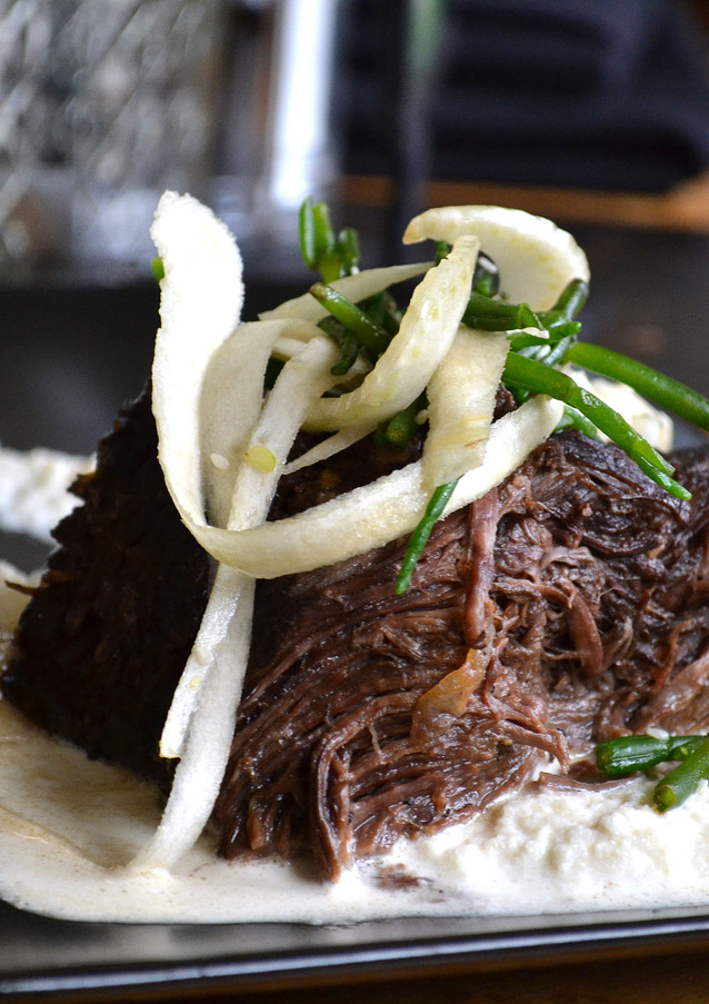coffee-bean-braised-short-ribs_145798981