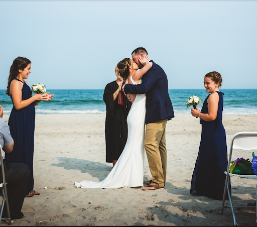 The Breakwaters at The Dunes is the perfect venue to host your wedding and incorporate unique ideas.