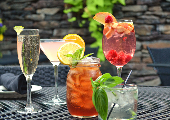 summer-cocktails_14601200689_o.jpg