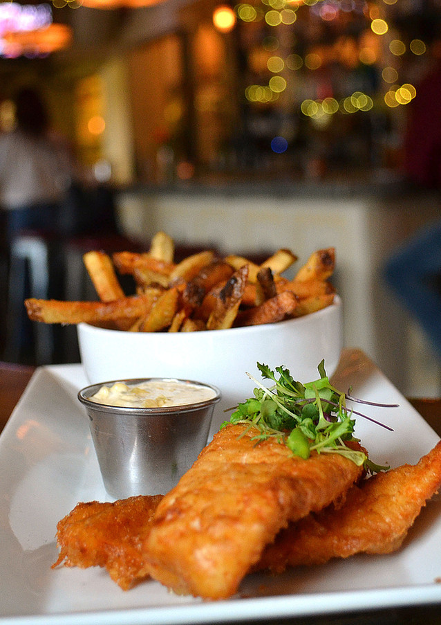 fish-and-chips_13453650304_o.jpg