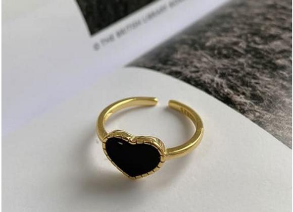 Black Heart Vintage Ring
