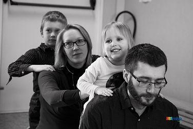 massage-famille-parent-enfant-relation-l