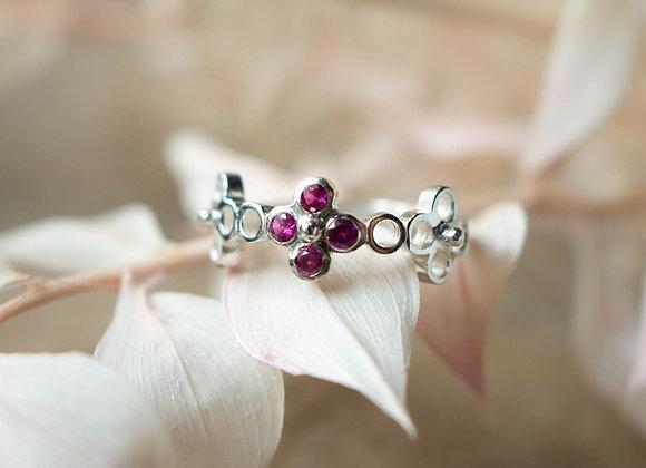 Single Gardenia ring