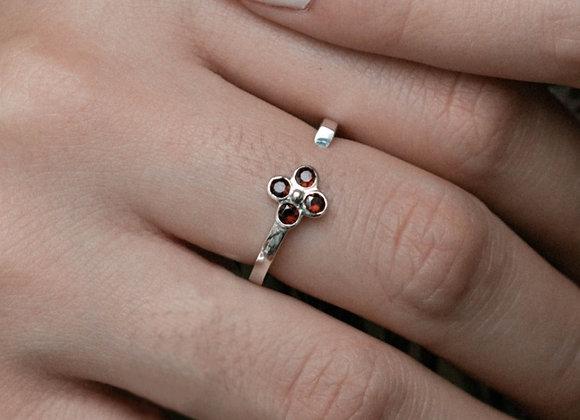 Signature Fiore ring