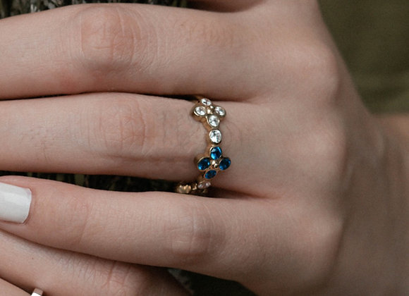 Gardenia ring