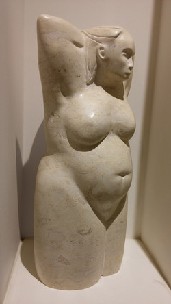 Bathing woman/marble / 50x27x81
