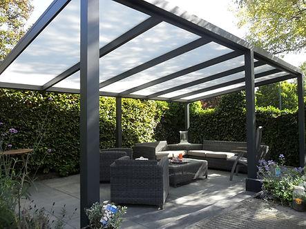 Vrijstaande_aluminium_terrasoverkapping…
