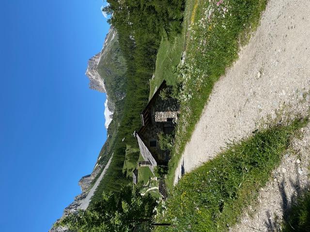 Trilha para o Mont Thabor, Ecoturismo na Europa, Ecoturismo na Itália, trilhas na itália, trilhas na frança, trekking na itália, trekking na frança, hiking na itália, hiking na frança, trilhas na europa, o que fazer na primavera na europa, turismo sustentável na europa, viajar barato na europa, viajar sozinha na europa, viajar para a europa custos, viajar sozinha na itália, viagem sustentável, sustentabilidade, como chegar no Monte Thabor na frança