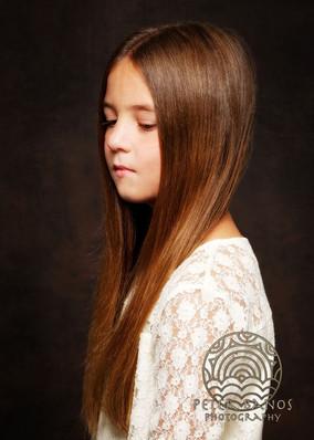 Dievča s dlhými vlasmi