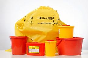 Zberné nádoby na zber a odvoz nebezpečného klinického, medicínskeho, biologicky kontaminovaného odpadu.