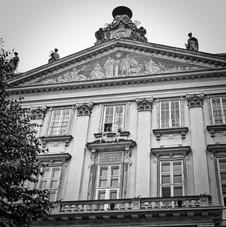 Priečelie Primaciálneho paláca v Bratislave.