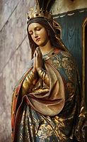 Mary praying.jpg