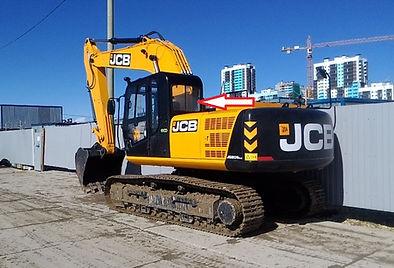 Стекло заднее правое для экскаватора JCB JS 205 LC