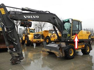 Стекло для экскаватора Volvo EW 140 b | экскаватор Volvo EW 145 b | экскаватор Volvo EW 160 b | экскаватор Volvo EW 180 b | экскаватор Volvo EC 180 Blc | | экскаватор Volvo EC 210 Blc | |экскаватор Volvo EC 240 Blc ||экскаватор Volvo EC  290 Blc | |экскаватор Volvo EC 460 Blc стекло лобовое верхнее Стекло экскаватор гусеничный(колёсный) Volvoew 140/160/180 c/ew 140/160/180 d/ec 160/210 cl/250 dl