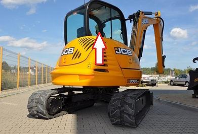 Стекло кузовное заднее правое для мини экскаватора JCB 8065 zts