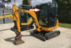 Стекло лобовое для мини экскаватора JCB 8018 cts