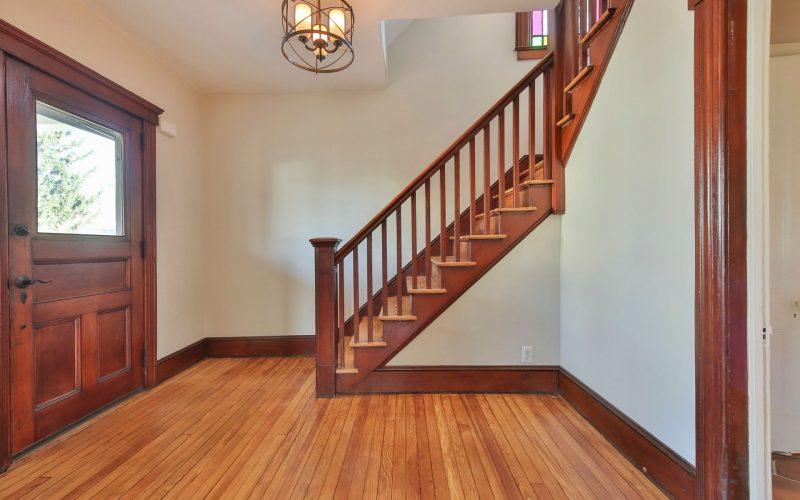 18-Foyer-800x500