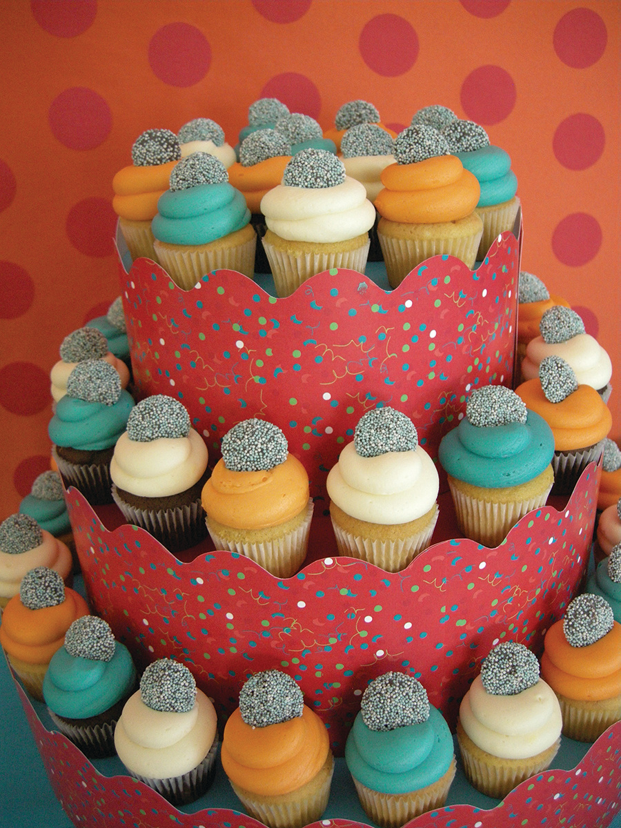 MINI CANDY CUPCAKES