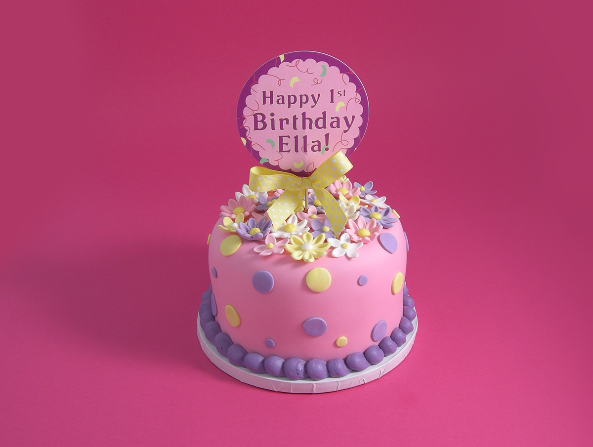 FIRST BIRTHDAY FONDANT CAKE