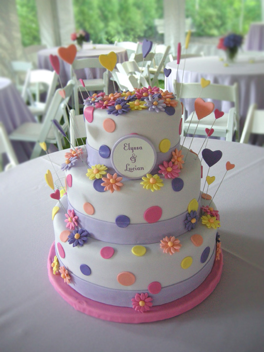 WEDDING SEAL FONDANT CAKE