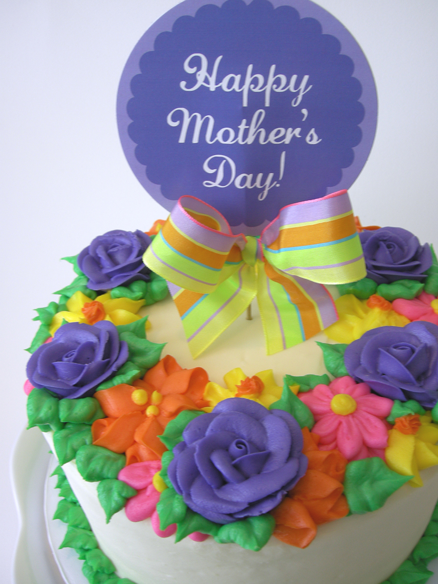 FLORAL MOTHER'S DAY CAKE