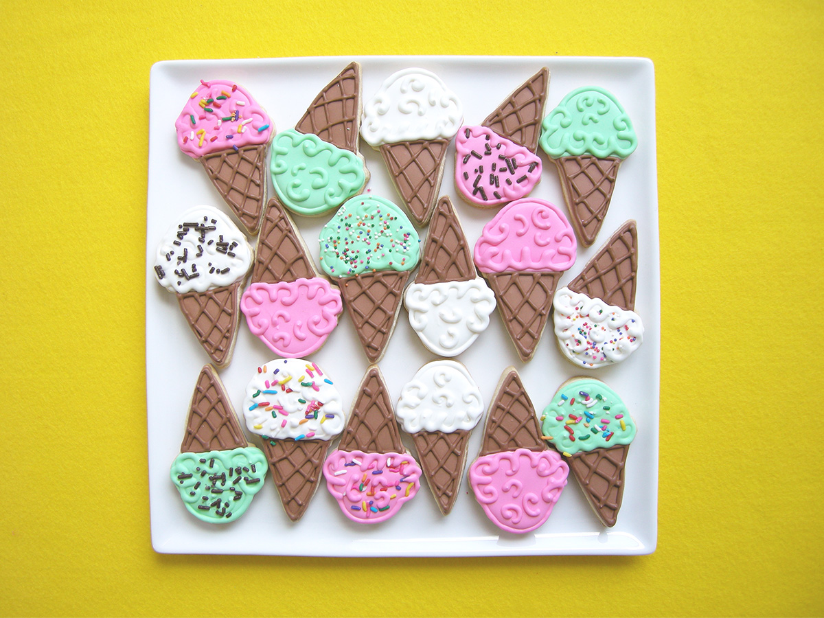 DECORATED ICE CREAM SUGAR COOKIE
