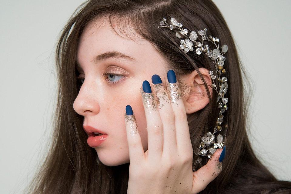 glitter-nails-new-years-eve.jpg