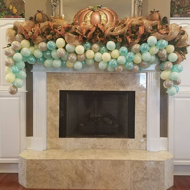 Baby Shower #balloongarland! _Send me your invitation for balloons in custom colors!  #balloons #bay