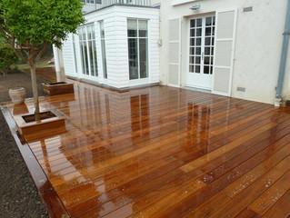Créer une terrasse en bois.