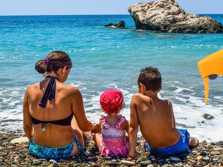 Plastikfreie Sonnencremes für die ganze Familie