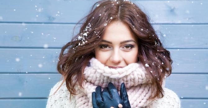Routine capillaire à adopter en hiver