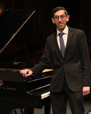 Rishi Mirchandani, piano.jpeg