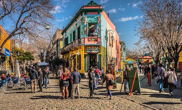 Caminito in Buenos Aires, Argentina.jpg