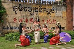 cambodia-cultural-village5