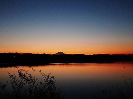 多摩湖の夕暮れグラデーション5選✨
