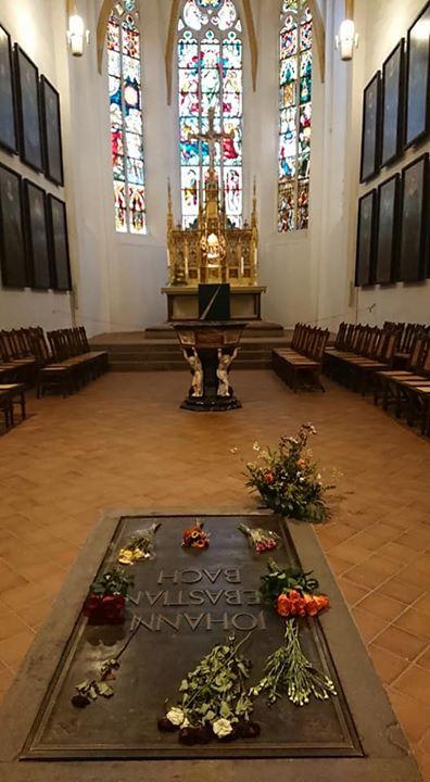 聖トーマス教会内 バッハの墓
