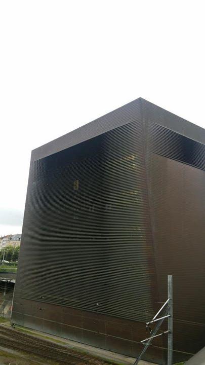 ヘルツォーク・ド・ムーロンの信号塔