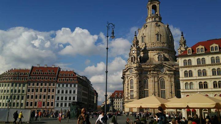 ドレスデン _フラウエン教会前、マルクト広場