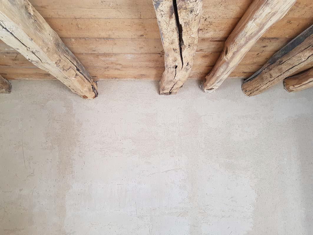 Calce naturale e legno.jpg