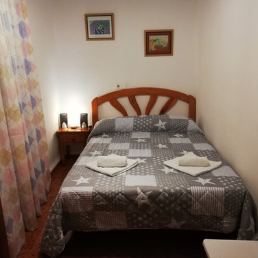 Casa Rural Villa Belydana Dormitorio matrimonio 3 (Renovado) con cama matrimonio de 135 cm ancha x 190 cm larga
