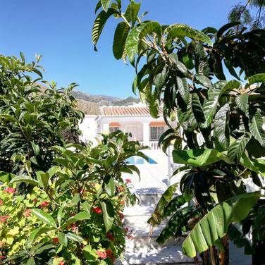 Casa Rural Villa Belydana la Terraza vista desde el campo privado dentro del recinto de la casa privado