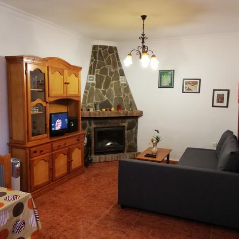 Casa Rural Villa Belydana Salón* (Renovado) con chimenea de leña